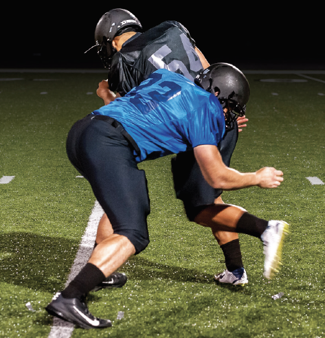 Atavus shoulder-led tackle